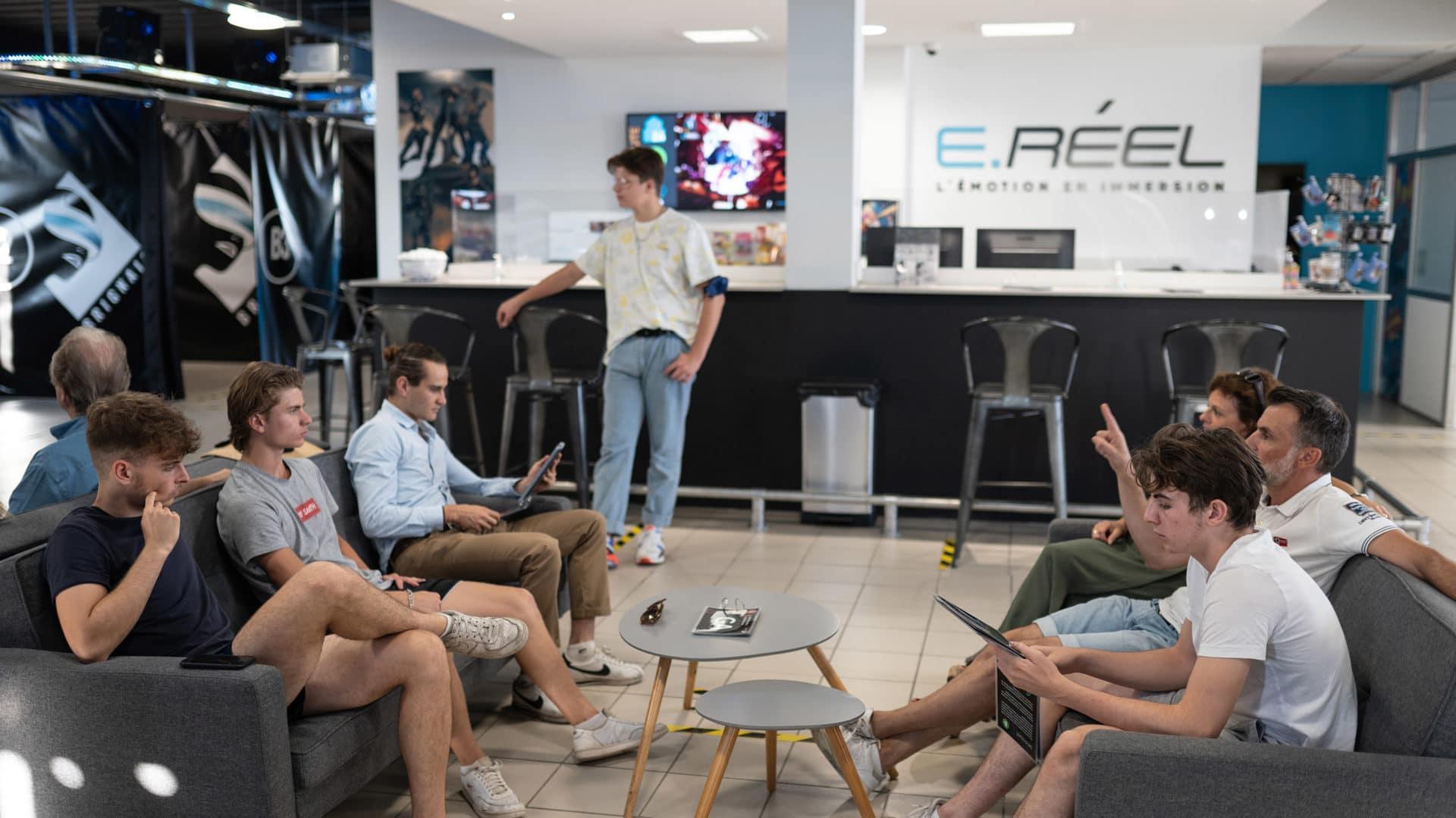 Activités de réalité virtuelle avec des amis
