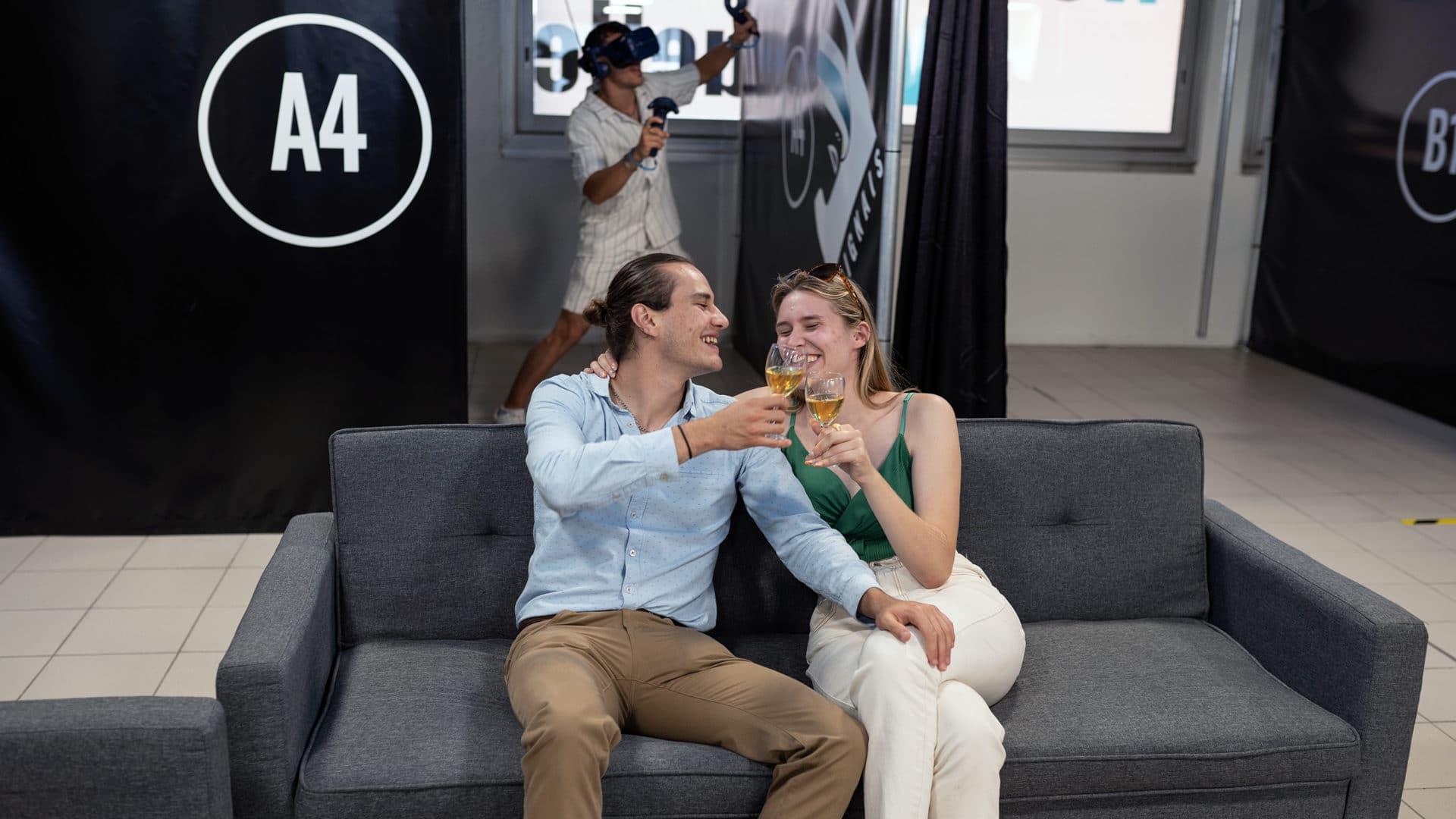 Activité de réalité virtuelle en couple